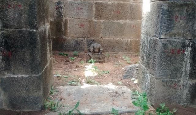 Pennalur Siva Temple - Ammam sannidhi on NW - headless