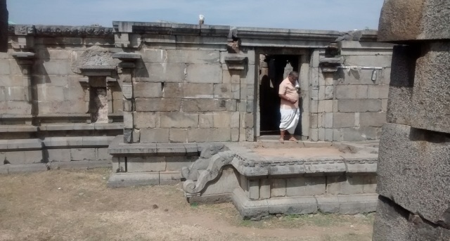 Pennalur Siva Temple - entrance-view from southern side