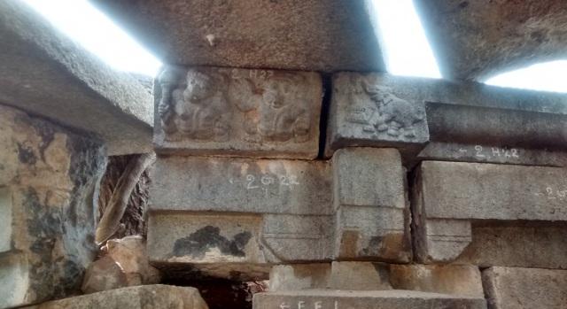 Pennalur Siva Temple - sculptures on the lintel-inside.RHS elephant