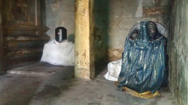 26. Tirukkadaiyur temple- Idols-murthis kept on RHS