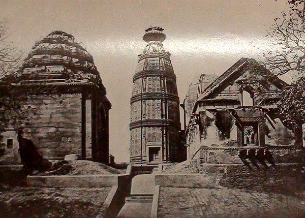 1. மதன மோஹன மந்திர்-பழைய படம்
