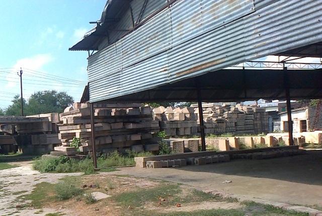 2. Ramjanmabhumi Naya Mandir - factory where pillars are manufactured