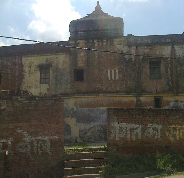 19. Ayodhya- old palace mandir
