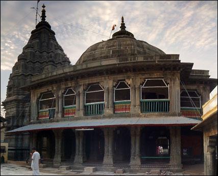 vishnupad-temple-gaya-bihar