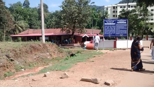குகி சுப்ரமண்ய கோவில் கோபுரம்- போகும் வழி