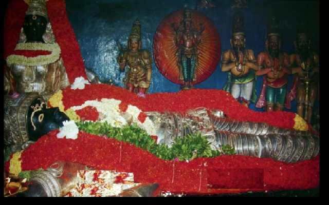 Surattappalli Siva reclining idol- with different alankara