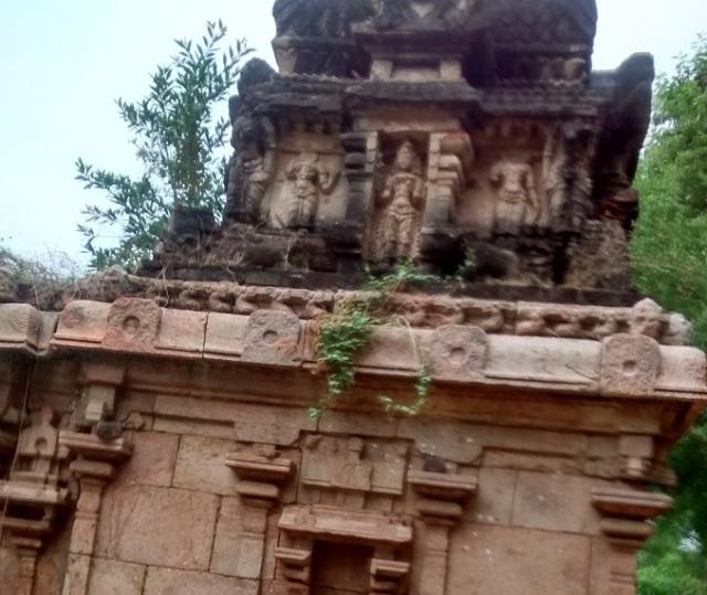 திருமுக்கூடல் கோவில்- க்கர்ப்பகிருக கோபுரம்