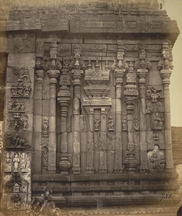 ahobilam-gopuram-entrance-old-photo-close-view-inside