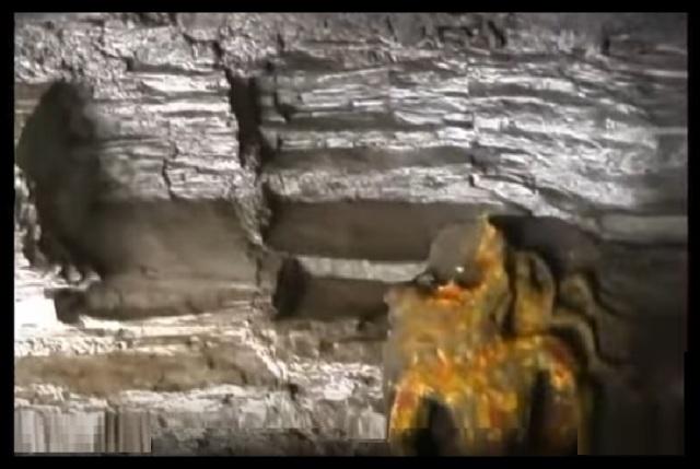 kroda-varaha-narasimha-temple-cave-idol-formation