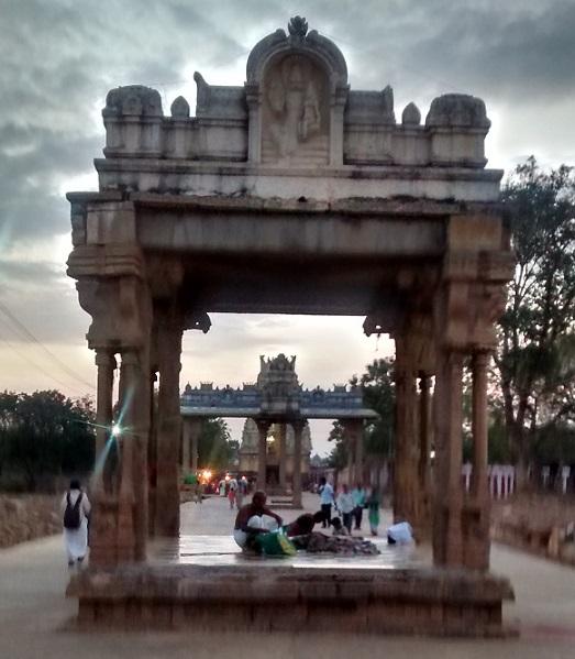 lower-ahobilam-temple-entrance