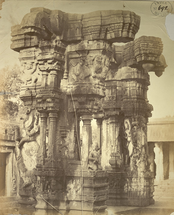 ranga-mandapam-in-destroyed-condition