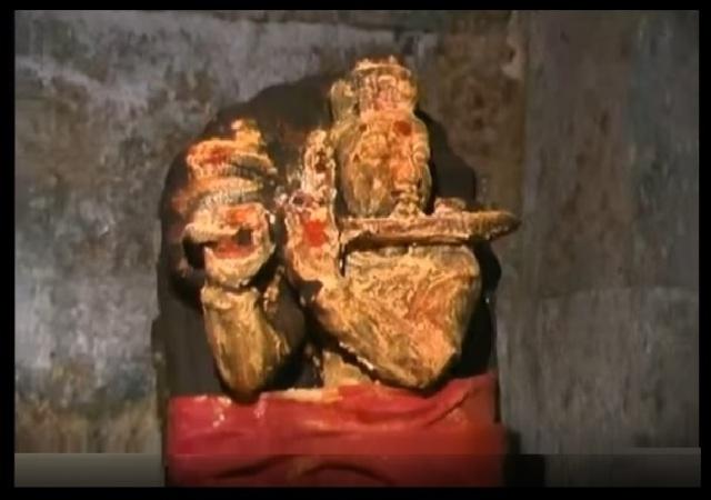 Pavana Narasimha - temple - Garba gruha-Gopala Krishna-Chaitanya
