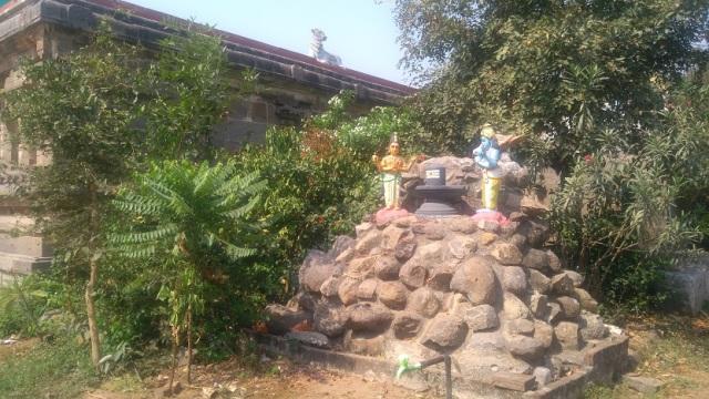 Baktajaneswarar temple, Tirunavalur-Linga-Brahma-Vishnu-modern