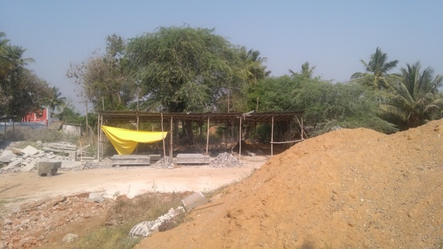 Sundarar bith place.work is going on - sculpture carving