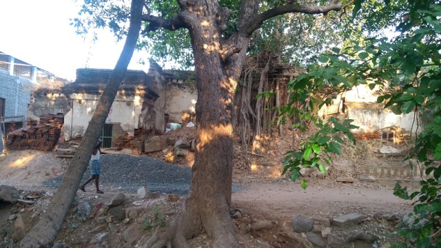 Nerur-2017 - Agraharam - LHS house. dilapidated condition.next to Vallalar Sabai
