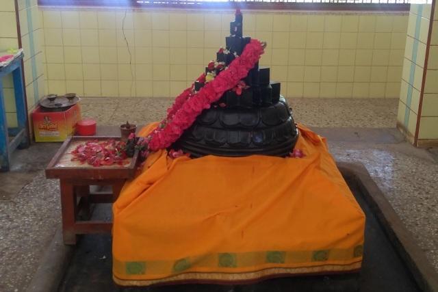 Nerur-2017 - Kailash Ashram- Sadasivananda Samadhi. side view