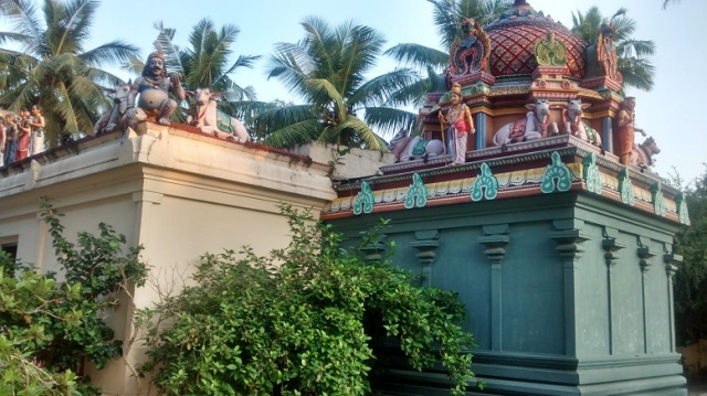 Tiruvamur - Navukkarasar birth place - view from corner RHS