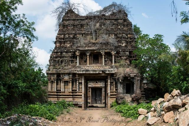 Sarabeswarar temple- Tukkatchi.dipilated gopura