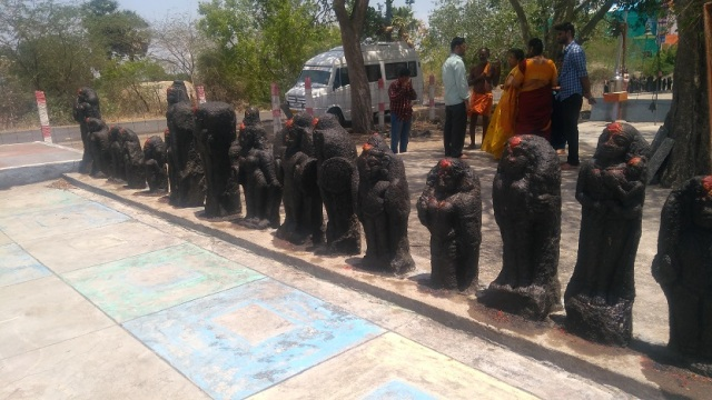 Pulikadiyan temple- Idols on RHS-3