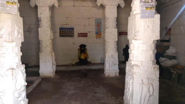 Kailasanathar temple, inside-RHS