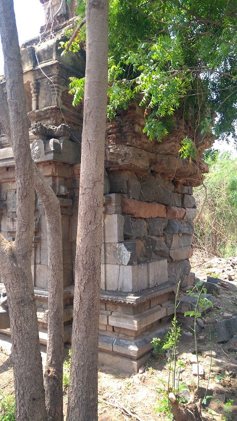 Perumal temple, garba gruha backside, patched up temporarily