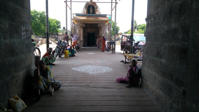 Thiruvennainallur temple - entrance.other view