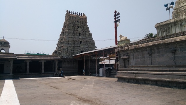 Thiruvennainallur temple - view from backside.RHS. yet anoter view
