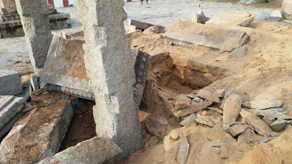 vyasarajaracbrindavanin anegundi-3-demolished.jpg